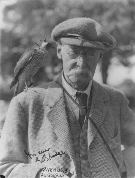 George Lodge at Avebury in Wiltshire, 1933 (photo by Harry Savory)
